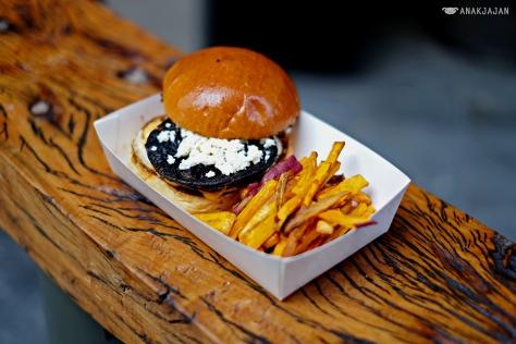 Mushroom Burger IDR 30K