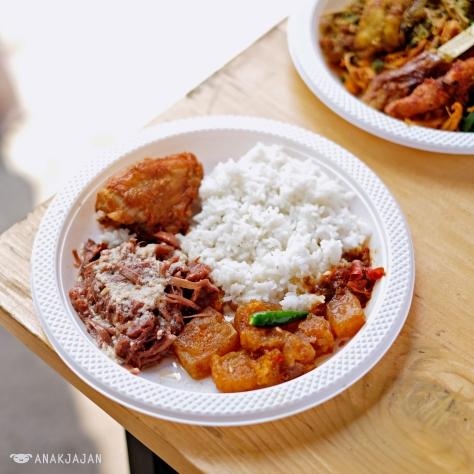 Nasi Gudeg Ayam - Gudeg Laminten