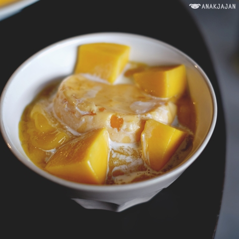Mango Salsa THB 95