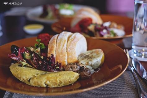 Cheese & Mushroom Omelette IDR 95k