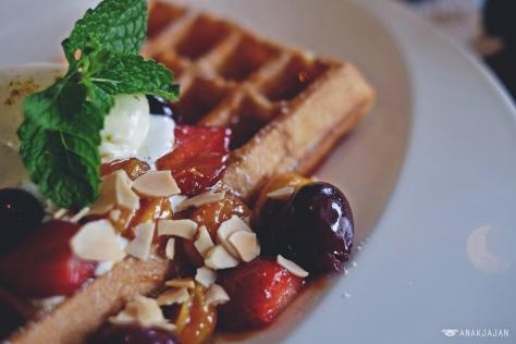 Butterscotch Vanilla Waffle IDR 65k