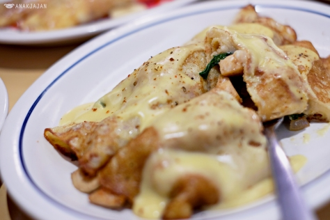 Chicken Florentine AED 48