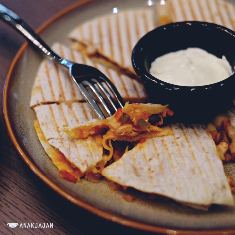 Spicy Chicken Quesadilla IDR 148k