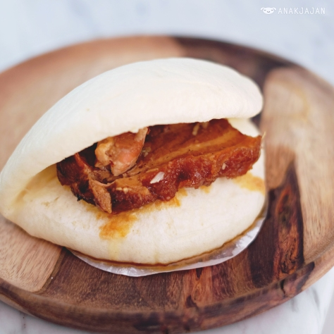 Pork Belly Bun IDR 32k