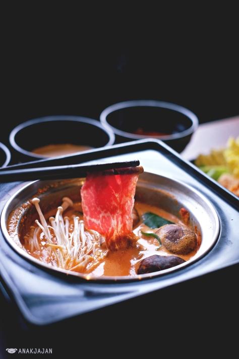 Wagyu with Spicy Tonyu soup