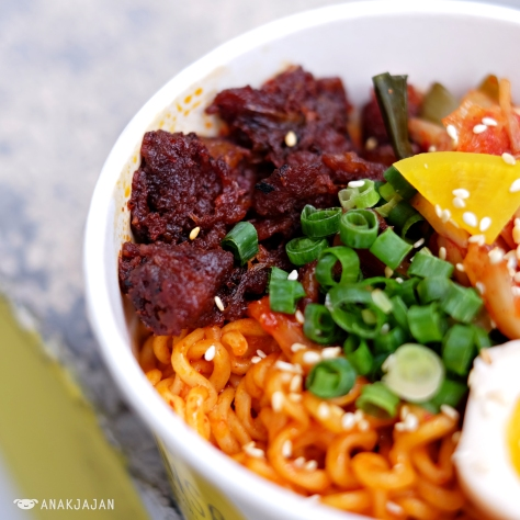 Kimchi Ramyun Dry with Spicy Pork Belly (muara karang only)