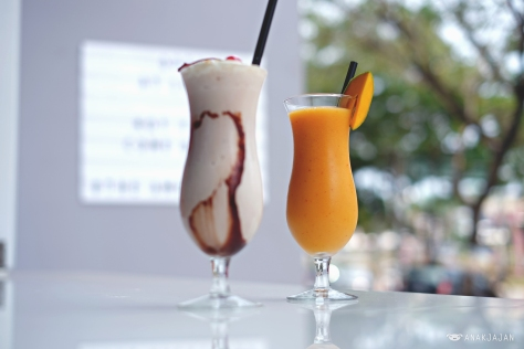 Frozen Iced Mango IDR 32k // Monkey Business IDR 38k