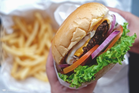 Uncle Sam's Burger IDR 60k