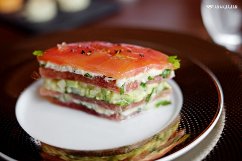"Organic Tomato in ""Club Sandwich"""