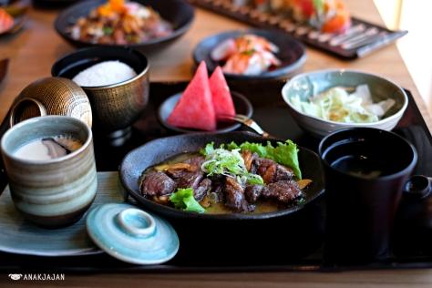 Saikoro Steak Lunch Set IDR 88k
