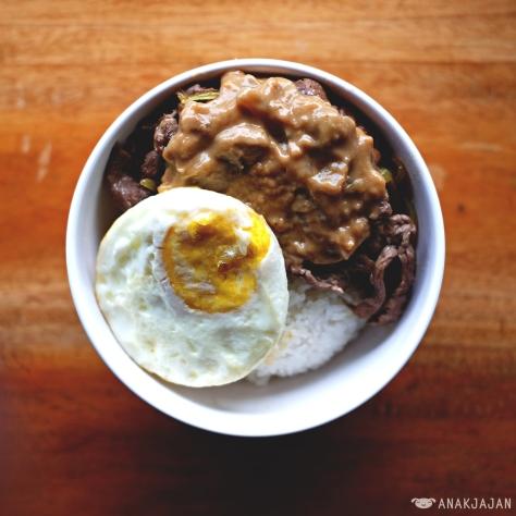 Nasi Wagyu Saus Mushroom + Telor IDR 26.5k