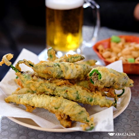 Fried Green Pepper KRW 15.000, Beer KRW 3.500