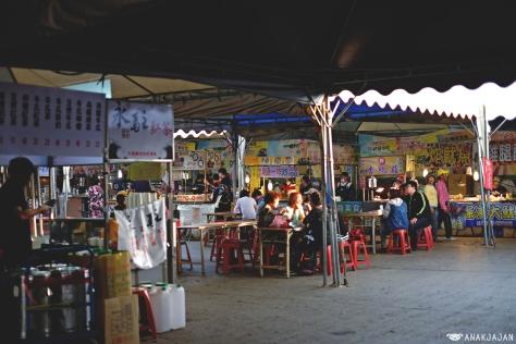 food vendors around the festival