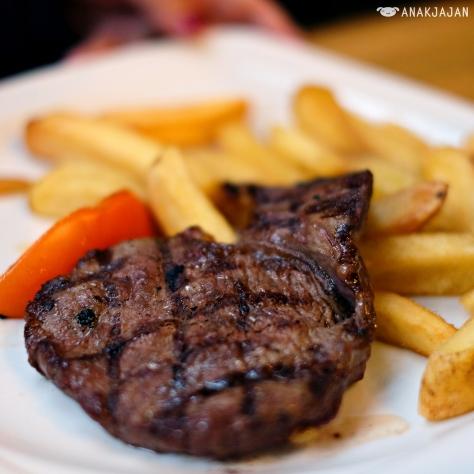 Steak Frites GBP 9.95