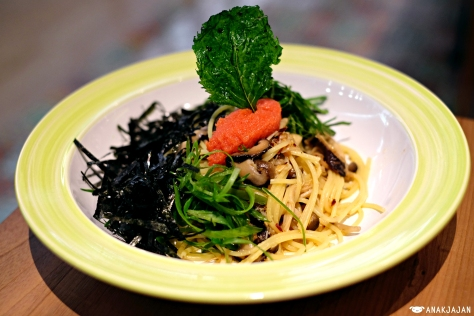 Spaghettini in Garlic Oil with Spicy Cod Roe and Japanese Mushrooms IDR 168k
