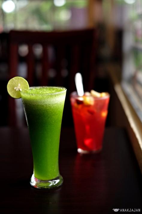 Healthy Juice IDR 25k // Ice Tea Sangria IDR 32k