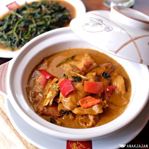 Slice Fish Curry IDR 65k