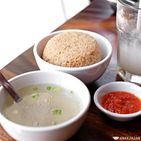 Nasi Hainam / Fragrant Hainanese Rice IDR 13k
