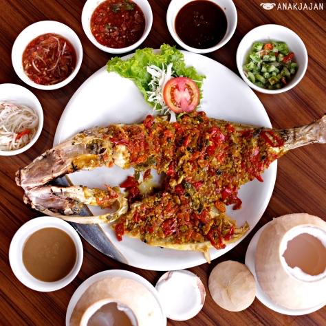 Ikan Sukkang Bakar Rica Merah IDR 21k/ ounce