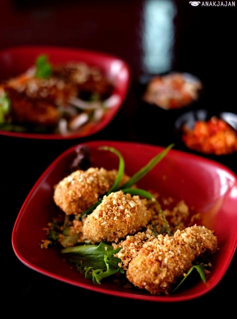 Chicken Wings Garlic Parmesan (3pcs) IDR 15k