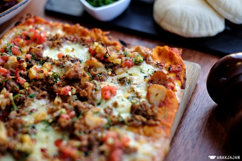 Frito Octopus Pizza IDR 125k