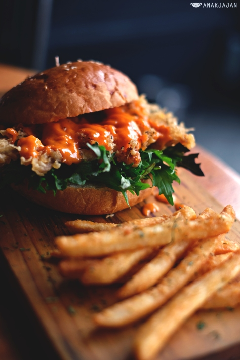 Soft Shell Crab Bun IDR 85k