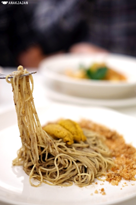 Sea Urchin - Pork Crackling - Truffled Angel Hair IDR 195k