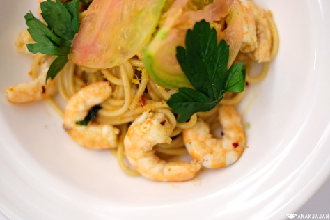 Fresh Shrimp Spaghetti with Lobster Oil IDR 125k