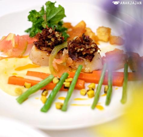 Hokkaido Scallop with Lemon XO Vinaigrette IDR 250k