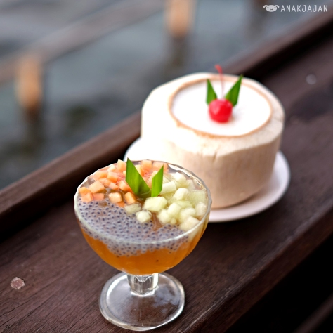 Puding Lemon Sereh (Lemon Grass Pudding), Puding Kelapa (Coconut Pudding)
