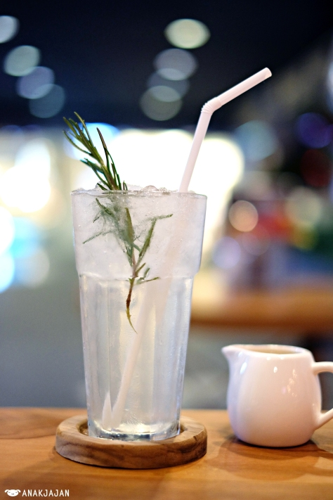 Rosemary Lemonade IDR 41k