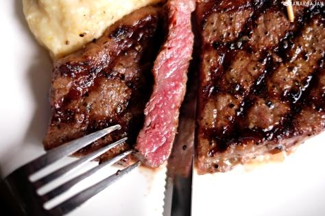 Wagyu Sirloin Steak Special High Marbling-Grade 9 IDR 268k