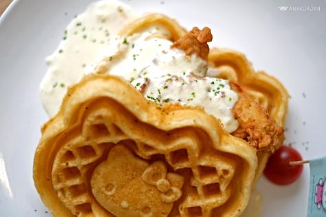 Waffle Fried Chicken IDR 78k