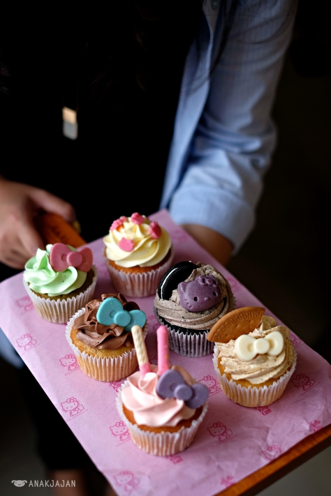 Cupcakes IDR 35k/ pc (daily flavor)