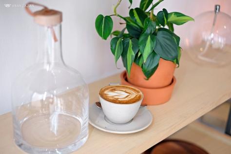 Cappuccino Hot IDR 35k