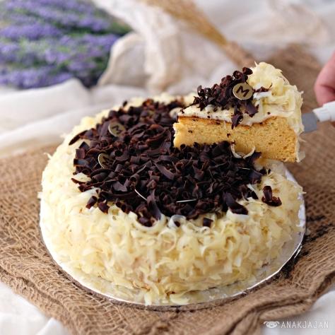 O-Choco Cheesecake IDR 28k/ slice or 250k/ wholecake