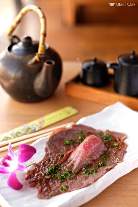 AUS Wagyu Aburi Sushi IDR 78k