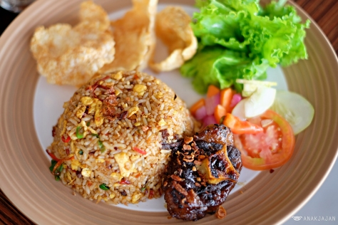Oxtail Fried Rice IDR 65k