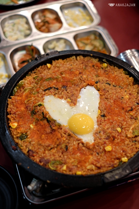 Fried Rice IDR 29k + Ebiko IDR 19k