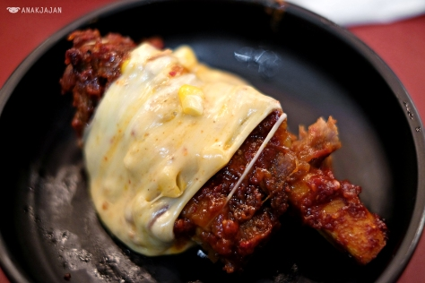 Rolling Cheese Beef Ribs IDR 219k