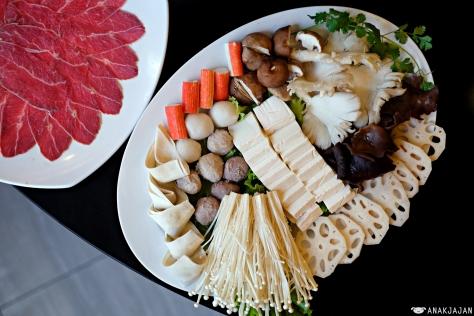 Tofu, Lotus Root, Fish Ball, Pork Ball, Beef Ball, Enoki Mushroom, Shitake Mushroom, Small Black Fungus, Oyster Mushroom, Crabstick, Pork Dumpling