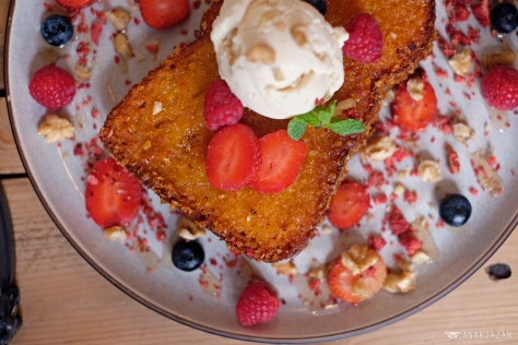 Crispy French Toast THB 280