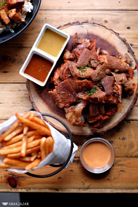 Pork Knuckle IDR 280k