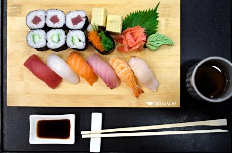 Nigiri Sushi Moriawase IDR 130k