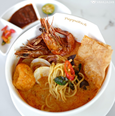 Seafood Curry Laksa IDR 63k