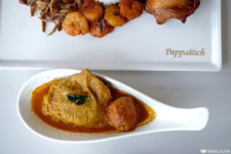 Chicken Curry IDR 25k