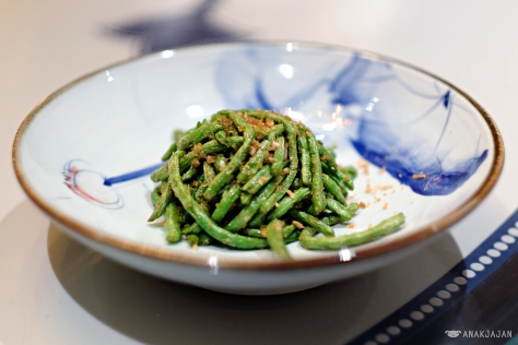 Wok-Fried String Beans with Dried Shrimps and Garlic IDR 68k
