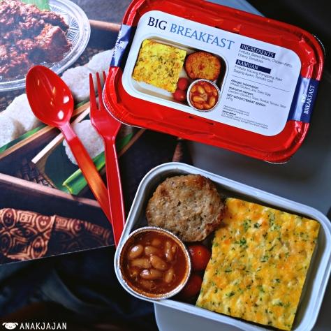 in flight meal - big breakfast