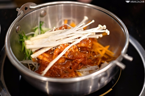 Spicy Pork Nabe IDR 69k