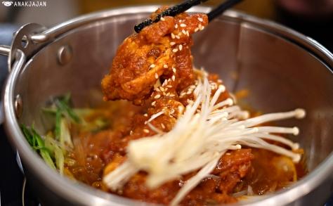 Spicy Pork Nabe IDR 69k